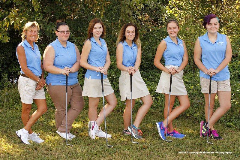 GirlsGolfTeam2015